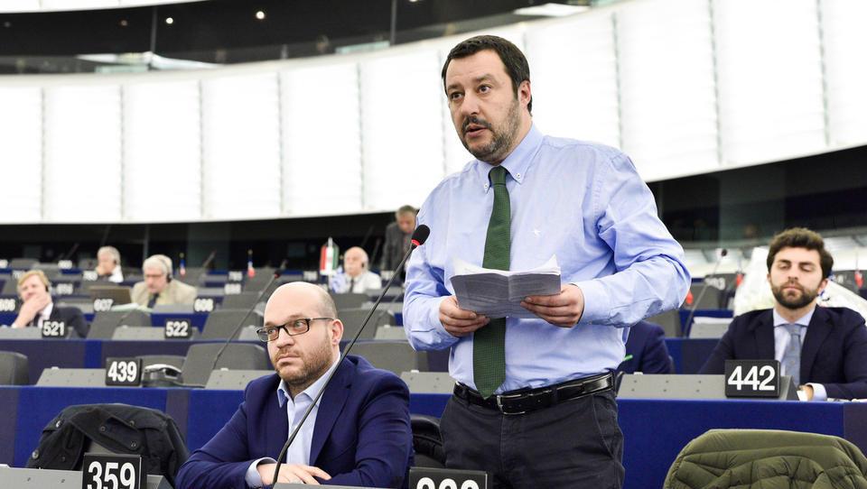 Kdo sta Matteo Salvini in Luigi di Maio, zmagovalna obraza italijanskih volitev