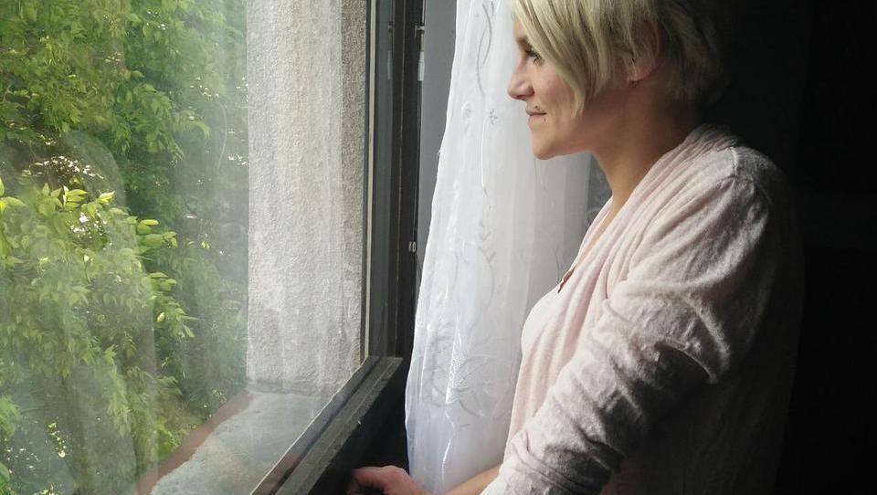 Za zamenjavo Sanjinih oken od 3.600 do 4.700 evrov