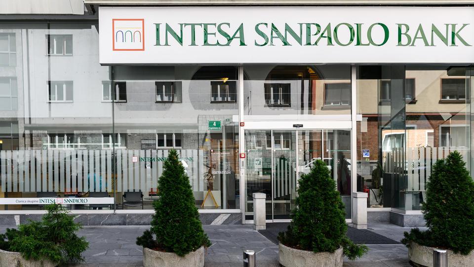 Primorske novice: Intesa Sanpaolo seli sedež v Ljubljano