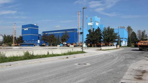 Za koliko je ljubljanski KPL prodal Tovarno asfalta Črnuče?