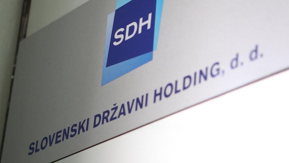 SDH prodaja manjšinske deleže v 15 podjetjih