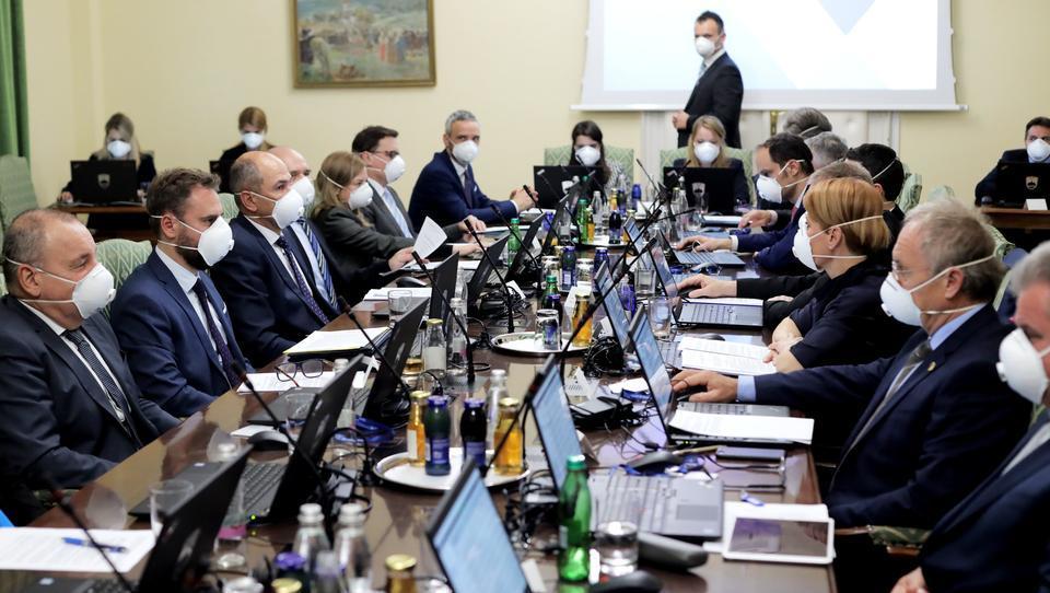 To so novi državni sekretarji po ministrstvih, Predalič novi generalni sekretar vlade, ustanovljen krizni štab