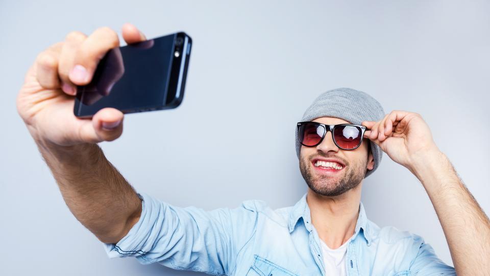 Nasmehni se in plačaj s selfiejem