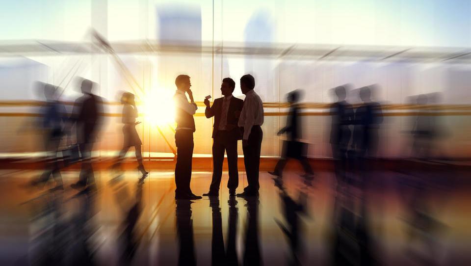 (ANKETA) Podjetja, ali zaposlujete ljudi, ki se vračajo iz tujine? Kakšne so vaše izkušnje?