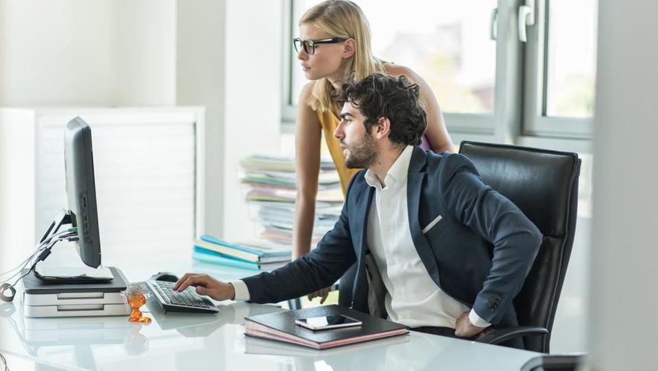 Top službe – Ekipa2, Akrapovič, L'Oreal iščejo šefe; priložnosti še v Luki Koper, KMAG, Leku, Danfossu in 15 podjetjih