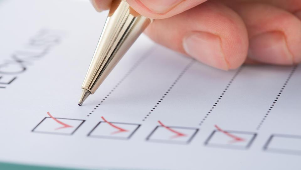 Kakšna naj bo vsebina pravilnika o računovodenju za organizacije