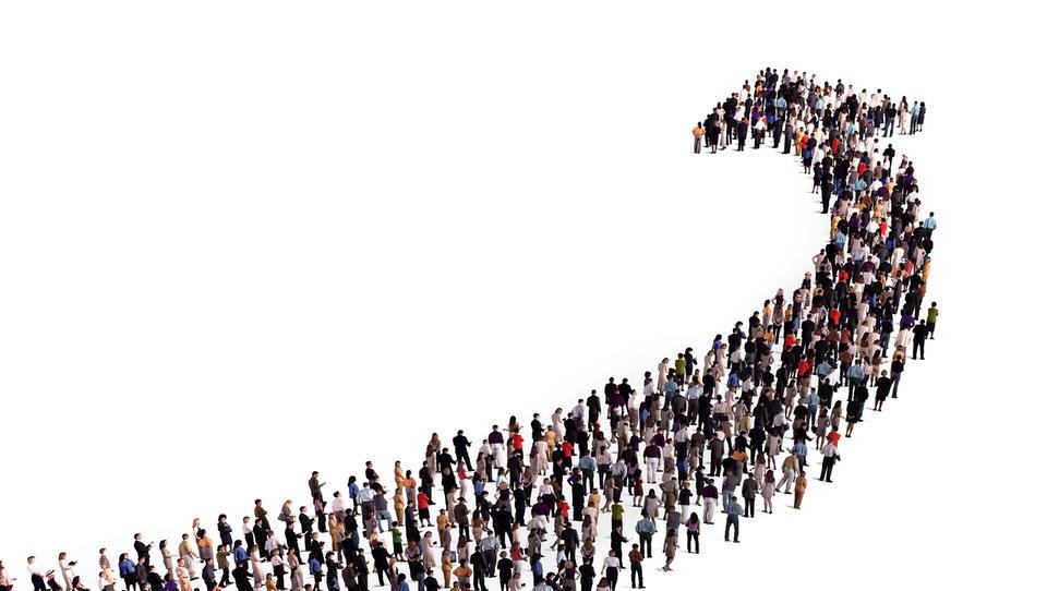 Vlada rine naprej – novih 30 zaposlitev v državni upravi
