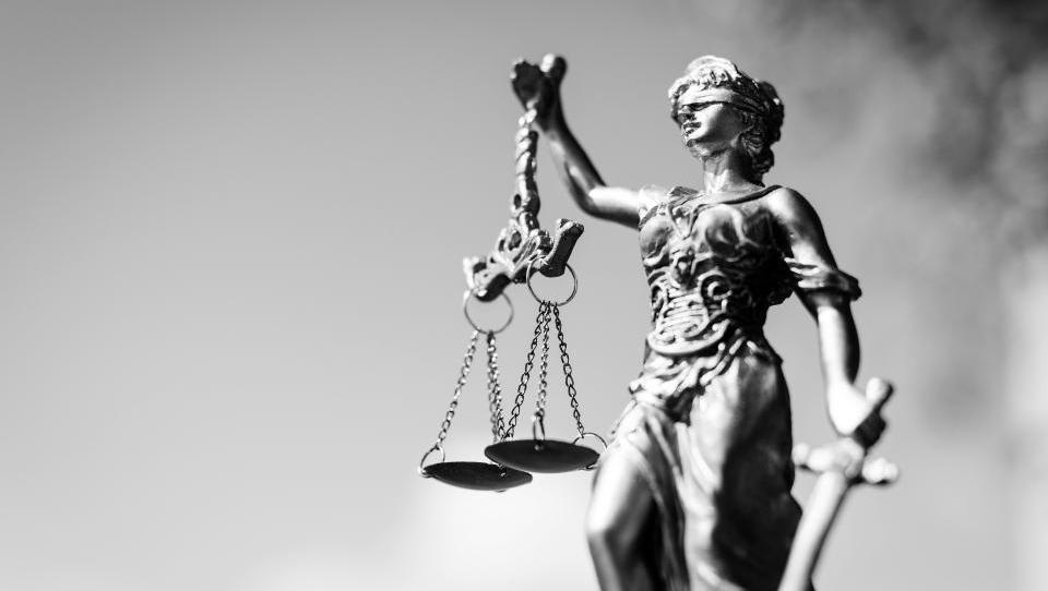 Tajkunska sodna bilanca: koliko let zapora dobijo - in ali je to vzgojno