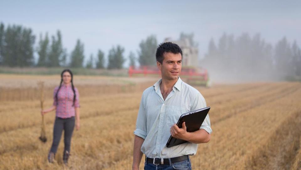 Kako bi Evropski parlament izboljšal pogoje za mlade kmete