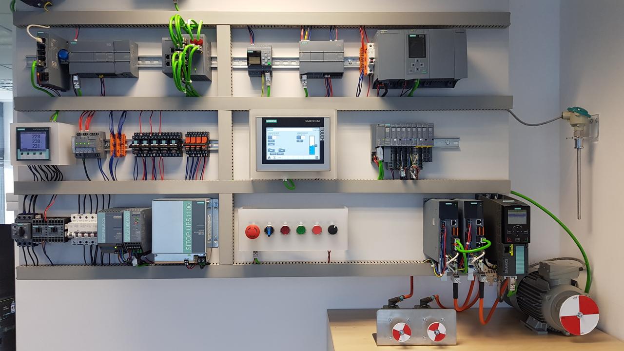 Siemensovo strojno in programsko opremo je zdaj mogoče preizkušati tudi na daljavo