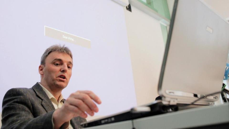 Država gre nad premoženje nekdanjega šefa Apek Tomaža Simoniča