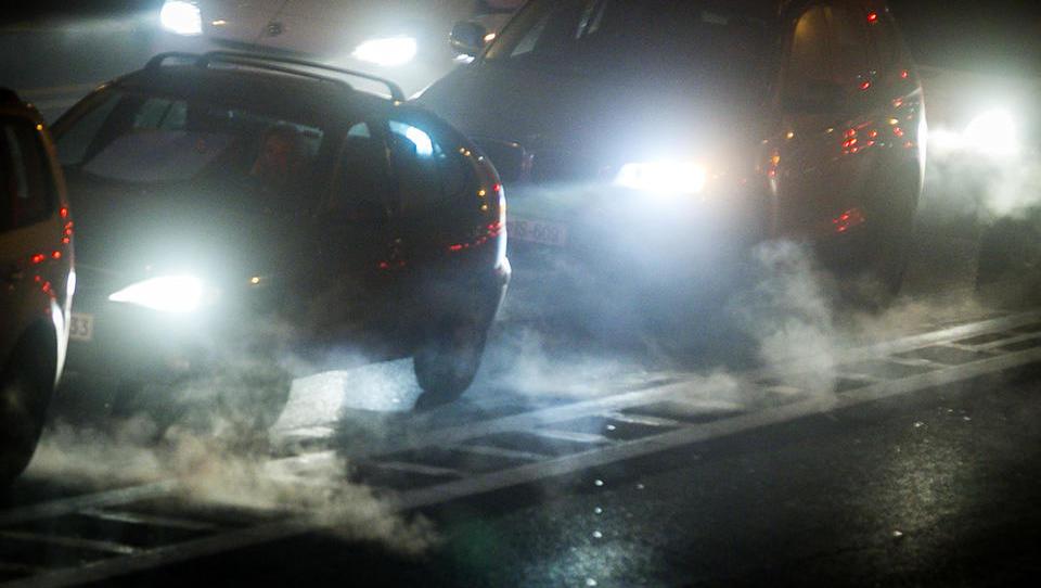 V EU dogovor o omejitvi avtomobilskih izpustov za 37,5 odstotka do leta 2030