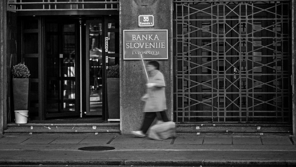 Banka Slovenije znižala napoved rasti. Kakšna tveganja in nevarnosti vidi?