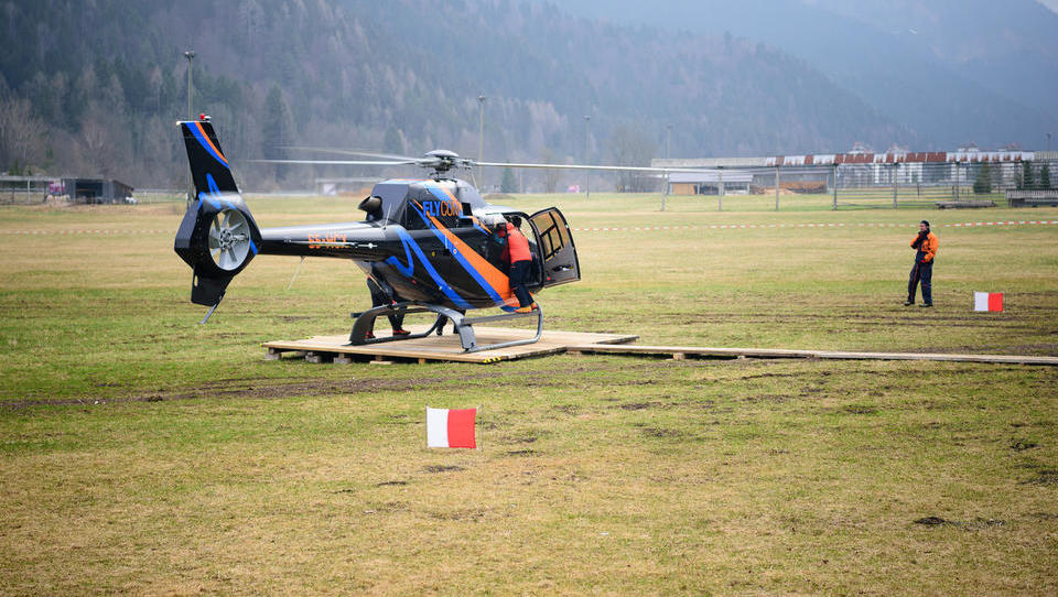 Posel med najbogatejšimi Slovenci: Ivan Kralj kupil večino helikopterske družbe Flycom