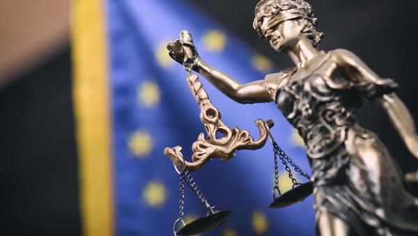 Evropska komisija bo tožila Nemčijo zaradi odločitve nemškega ustavnega sodišča o ECB odkupovanju obveznic