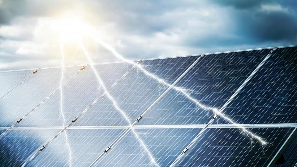 V Savdski Arabiji bo največja fotovoltaika na svetu