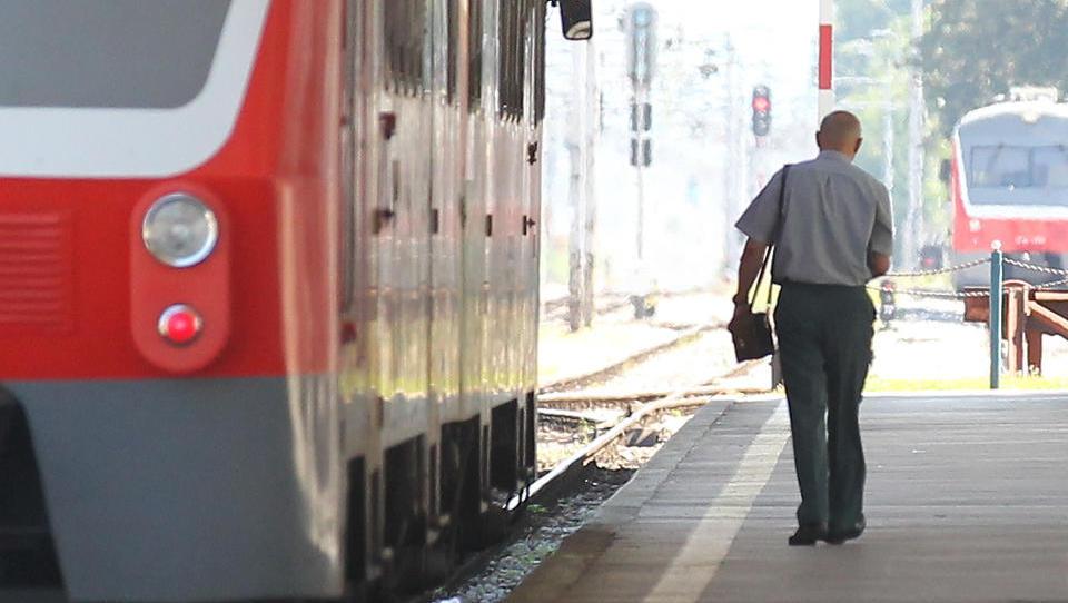 Železničarji dobivajo nova oblačila