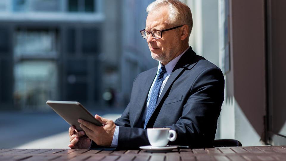 V javni obravnavi: koliko pokojnine boste lahko po novem prejemali ob delu