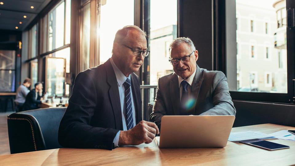 Kako izkoristiti potencial starejših zaposlenih