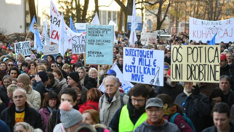 (reportaža) Kako je Slovenija preživela dan, ko je stavkal del javnega sektorja