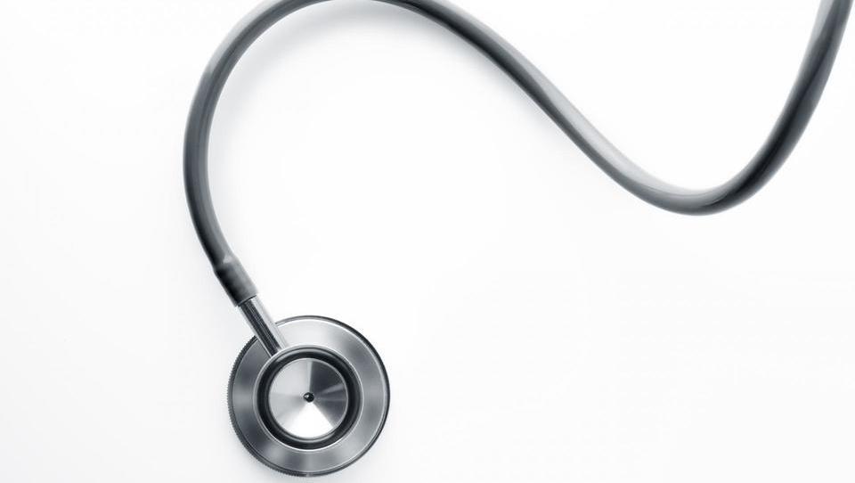 Ko moraš na dopustu k zdravniku – izkušnje popotnikov