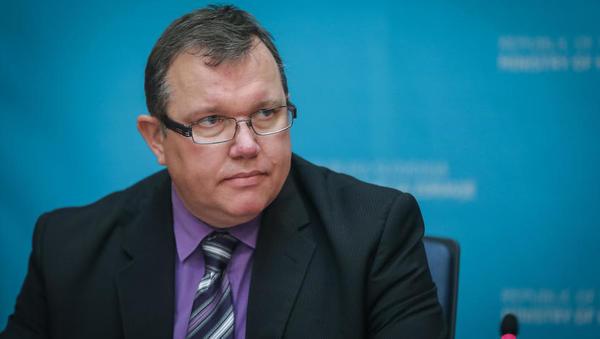 Šabeder v zamenjavo še enega direktorja direktorata, Mirka Stoparja