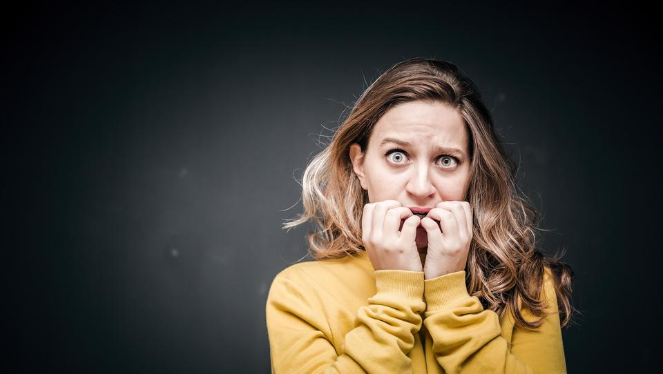 (psihologija) Strah nas je! Katerih odločitev ni dobro sprejemati zdaj
