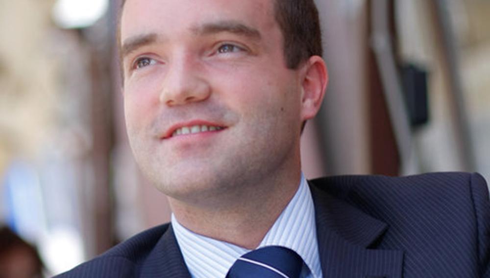 Neuradno: novi šef državnega protokola bo Aleksander Strel
