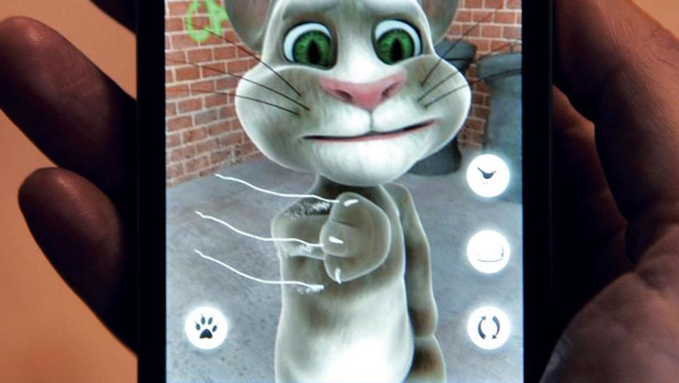 Milijoni od prodaje govorečega mačka v srbski projekt Šešokov