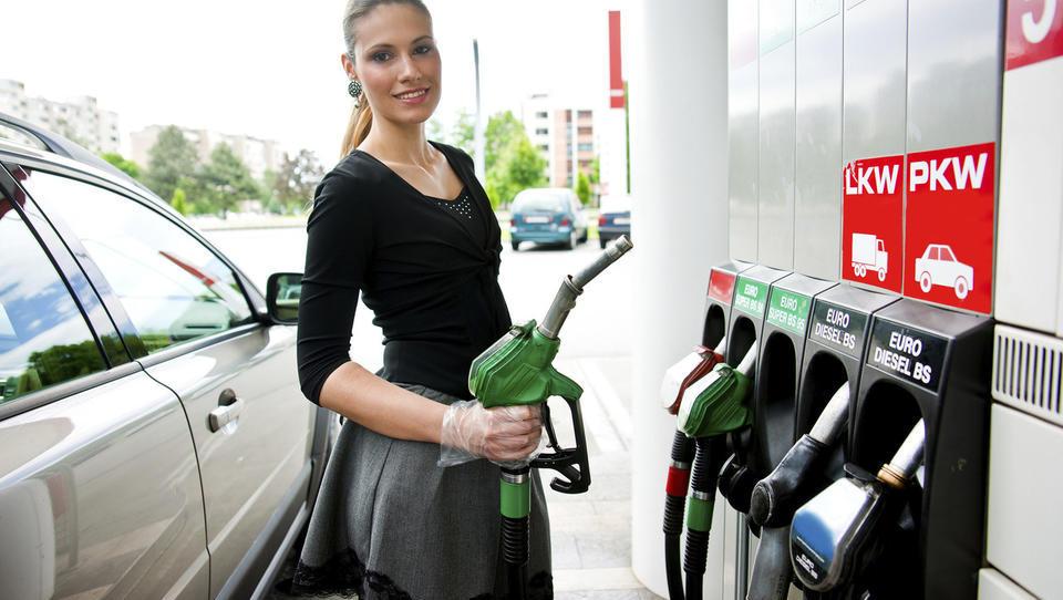 Kako si poceniti tank goriva