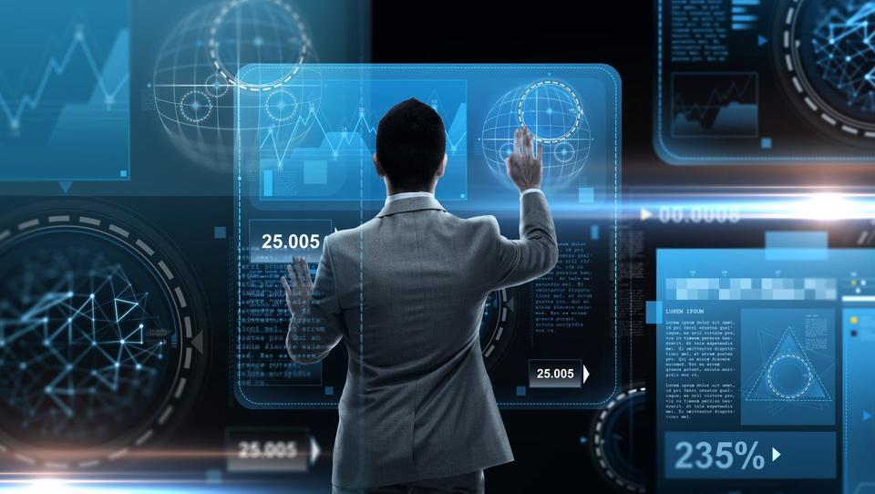 Napoved za leto 2025: Vsakih 18 sekund bomo imeli eno digitalno interakcijo