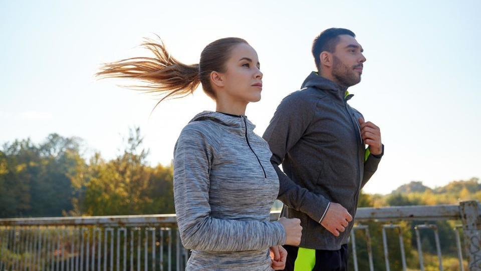 Kako uspešno nadzorovati glikemijo pri športno dejavnih bolnikih tipa 1?