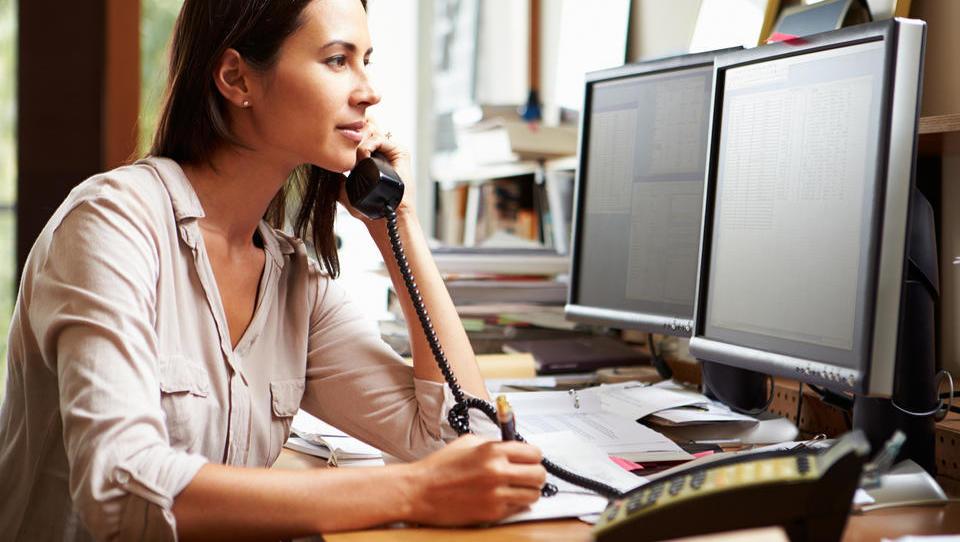 EU bo omejila tudi ceno mednarodnih telefonskih klicev v druge članice