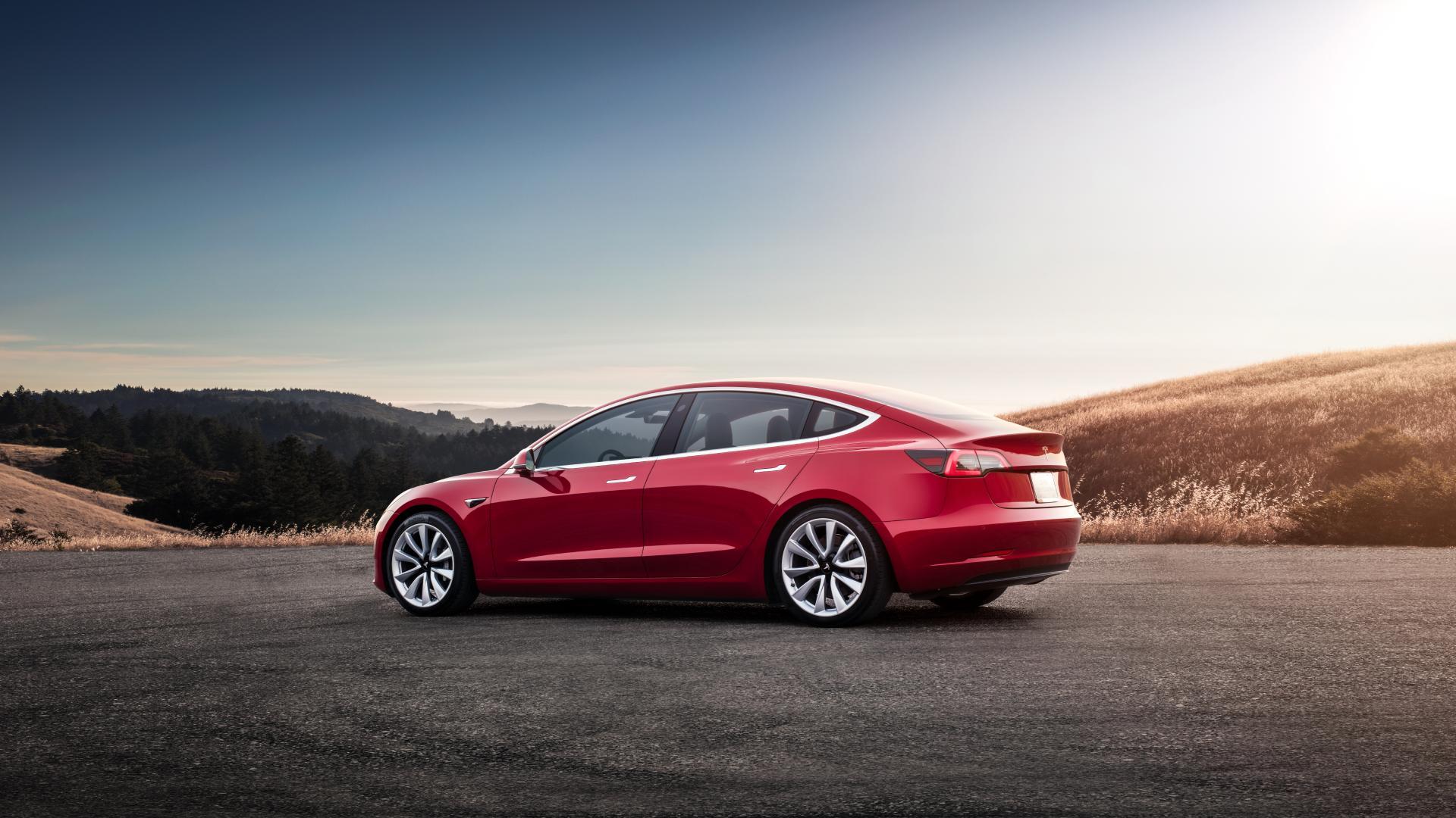 Tesla s 521-milijonskim posojilom za tovarno v Šanghaju