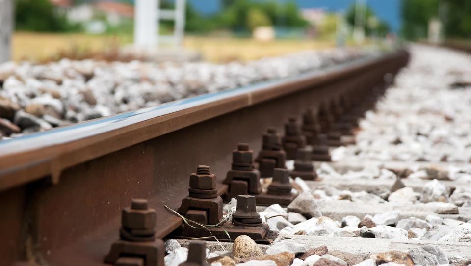 Kako v Sloveniji čutimo evropsko prometno politiko gradnje vseevropskih koridorjev TEN-T