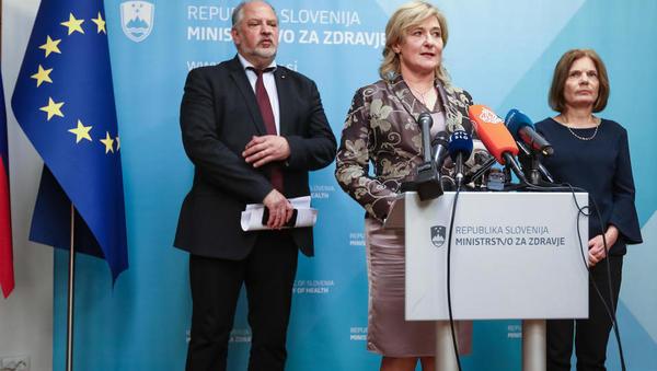 »Zaščitni ukrepi za državljane Slovenije zaenkrat niso potrebni«