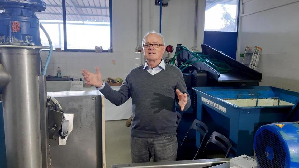 (video) Slovenski oljkar bo delal stroje, ki prinašajo revolucijo v izdelavo olja