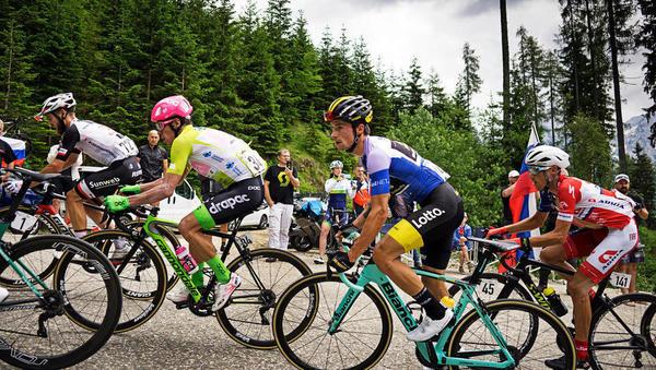 Pozor, zaradi kolesarske dirke danes zapore cest med Žalcem in Idrijo