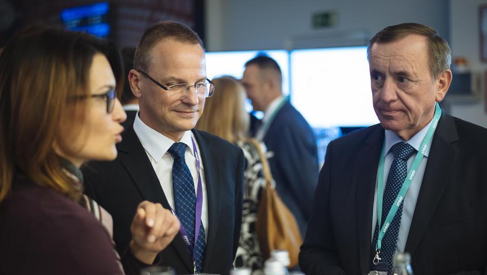 (kako dvigniti dodano vrednost slovenskemu izvozu) Ali so slovenska podjetja dovolj inovativna?