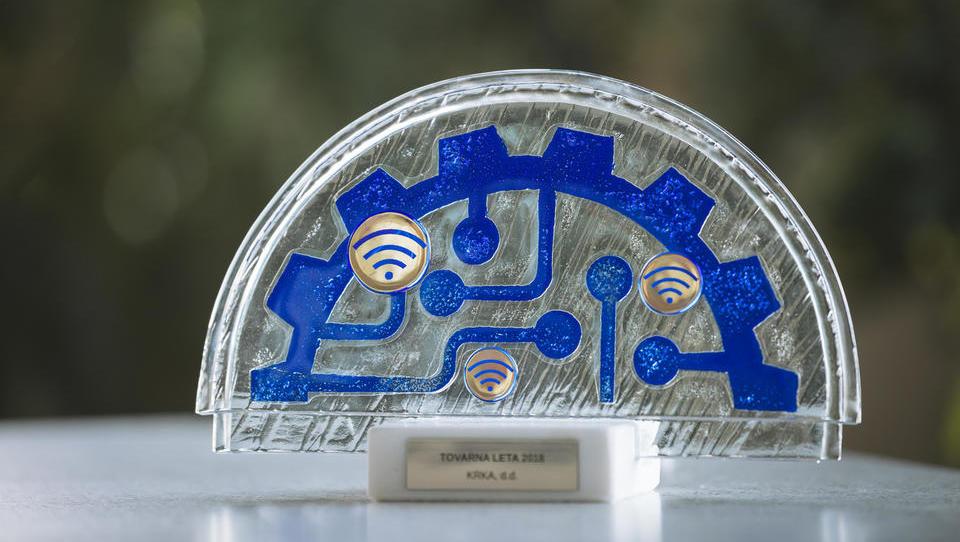 Podelitev nagrade tovarna leta 2018 v fotogaleriji