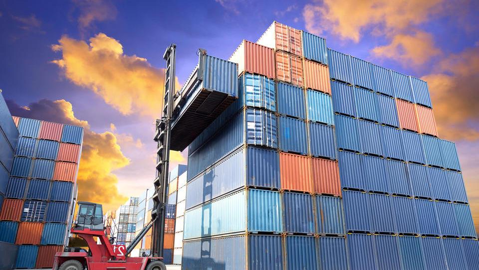 Rast se upočasnjuje: Kaj se dogaja na sedmih ključnih izvoznih trgih za Slovenijo?