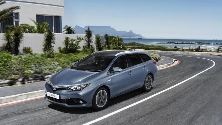 Toyota auris hybrid: Ekoučinek brez doplačila