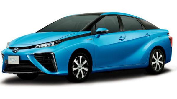 Prihodnje poletje bo vroče - prihaja Toyota na vodik