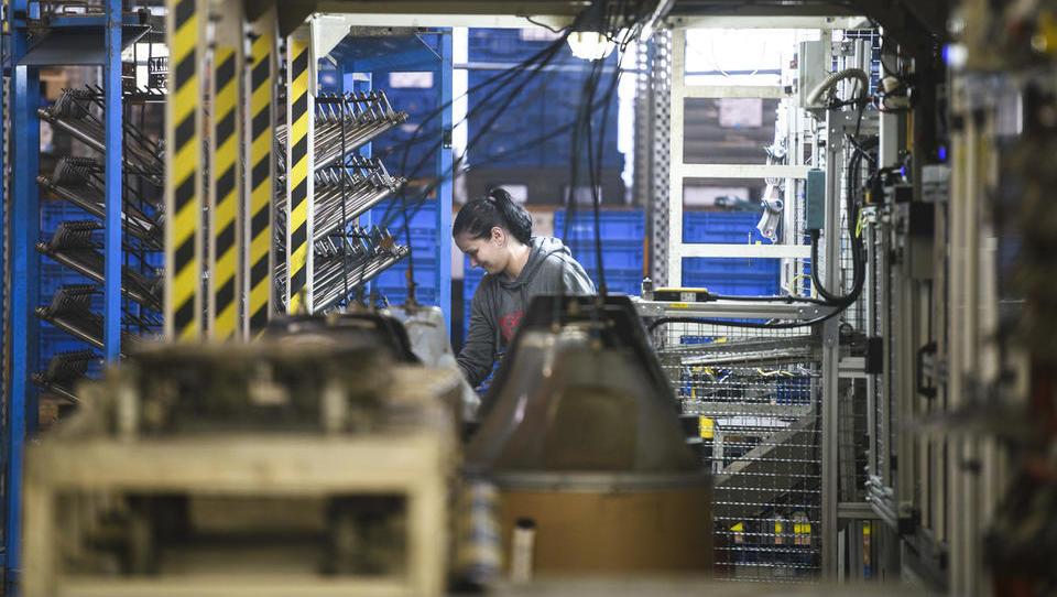 Tako proizvodnim podjetjem pomagajo pri optimizaciji in digitalizaciji