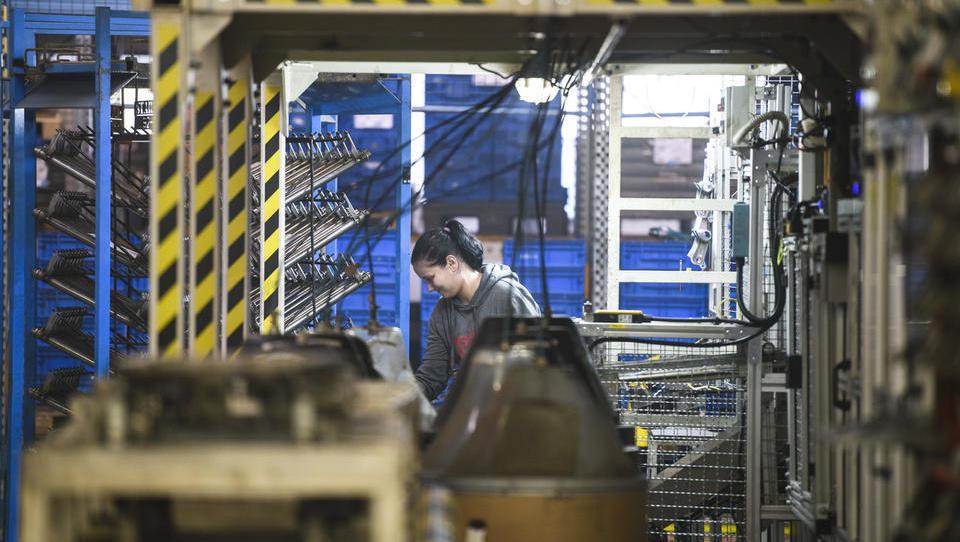 V brežiški tovarni prihodnosti bodo delali sklope za e-avte višjega razreda