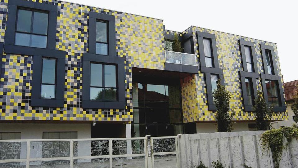 Dražba: stanovanje v Močeradu prodano. Kako visoko je šla cena?