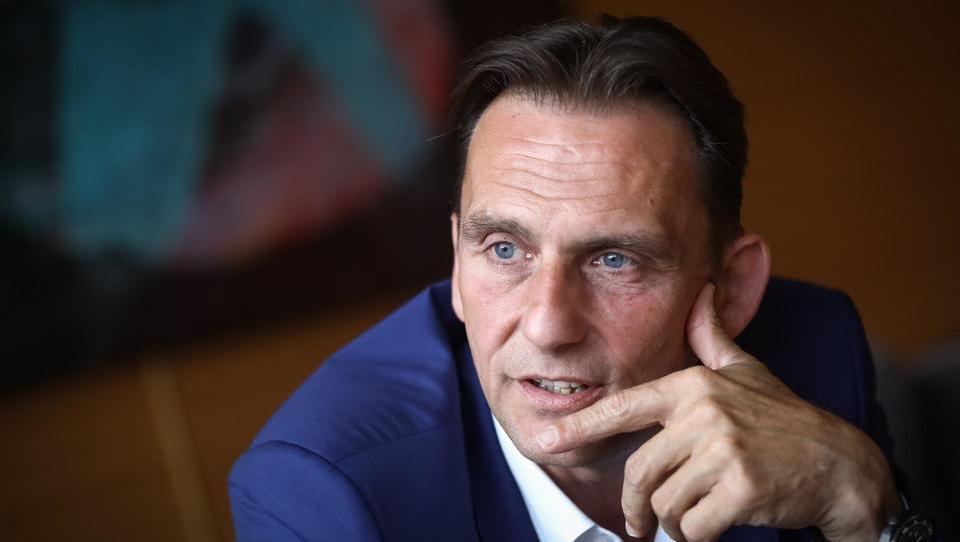 (intervju) Odhod 8.000 Slovencev v tujino bi moral biti znamenje, da nekaj ni v redu