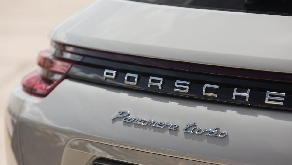 Porsche izdal in razprodal obveznice v vrednosti 280 milijonov evrov