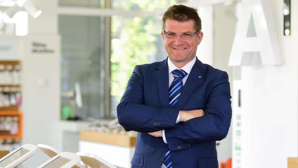 (intervju) Dejan Turk, šef A1 in Vip mobile: Slovenski način vodenja se v Srbiji ni obnesel