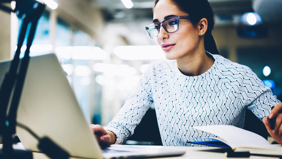E-izobraževanje postaja vse pomembnejše v podjetjih